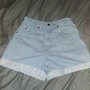 Levis 954 Midrise Jean Shorts size 5
